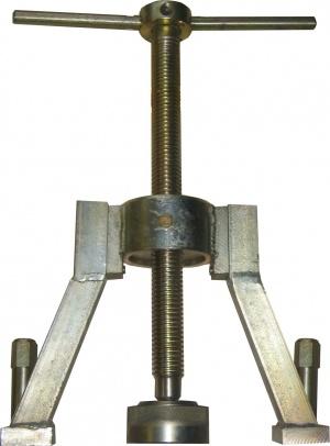 МАД 804.40.256 - Приспособление для снятия ступиц колес